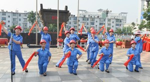 """汾西矿业""""安全生产月""""咨询日安全宣传群口快板"""